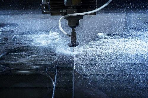 Abbildung Wasserstrahlschneiden